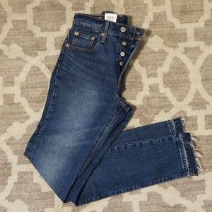 Levis 501 Women's Skinny High Rise Button Fly